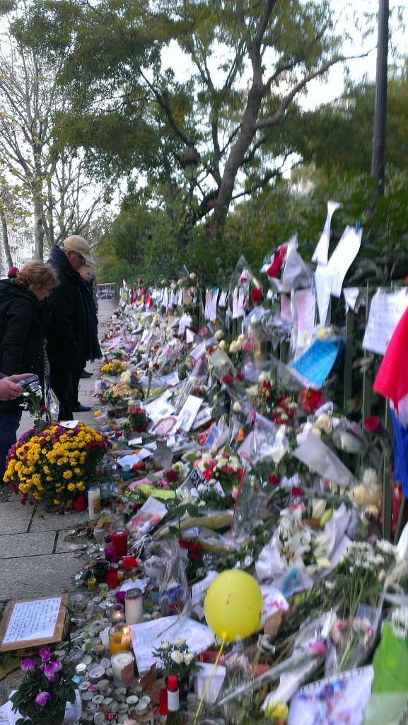 Bataclan tribute, Nov 26, 2015, Paris