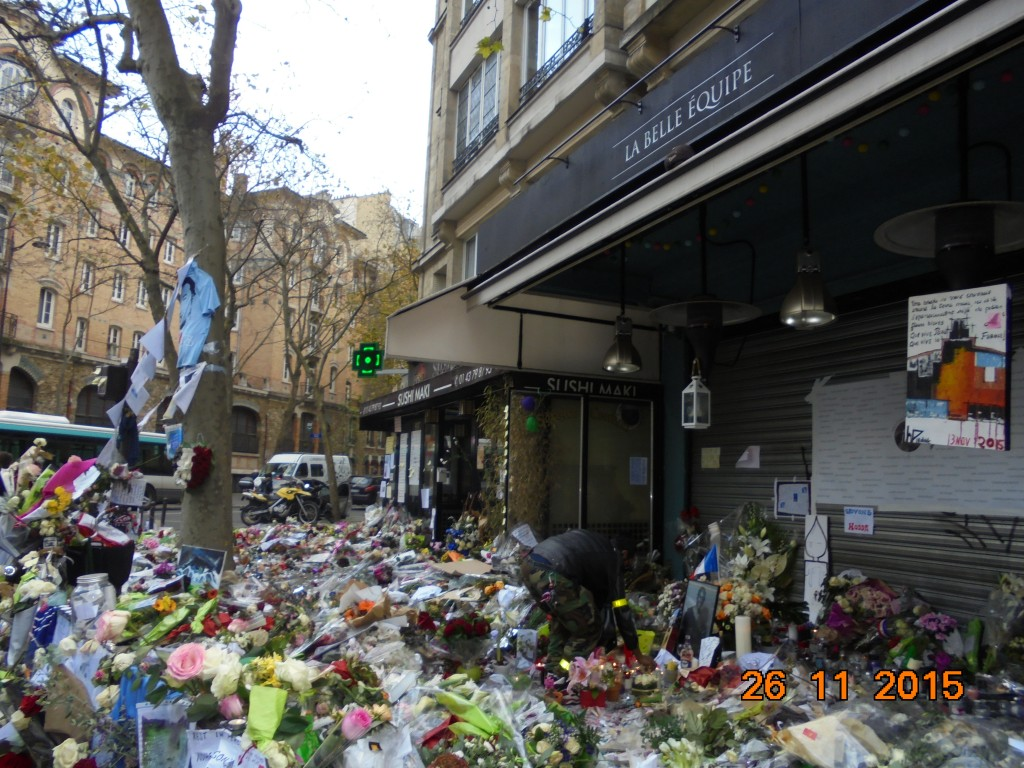 Hommage, La Belle Equipe, Paris
