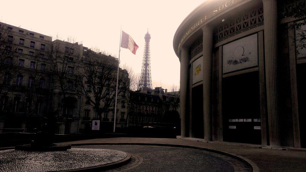 Conseil Economique, Paris